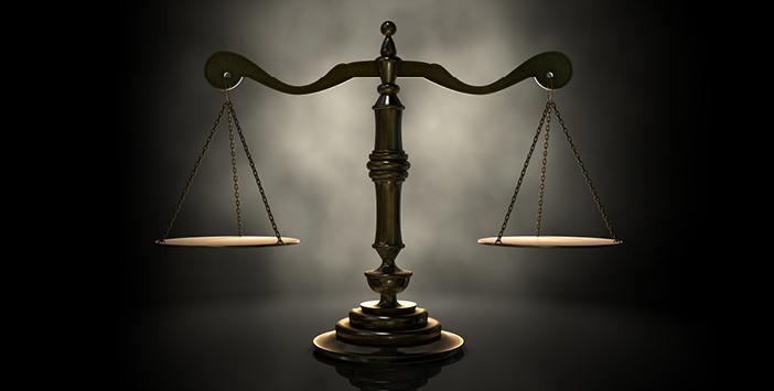 Adalet İle İlgili Ayet ve Hadisler