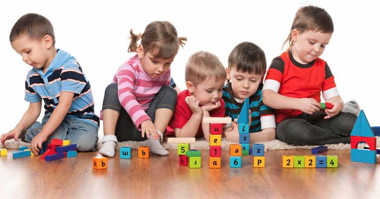 Çocuklarda 3 - 6 Yaş Oyun Çağı Dönemi