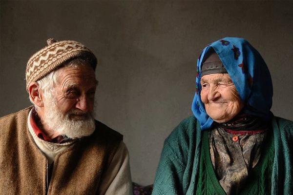 Yaşlılık Maaşı Nedir, Ne Kadardır ve Şartları Nedir?
